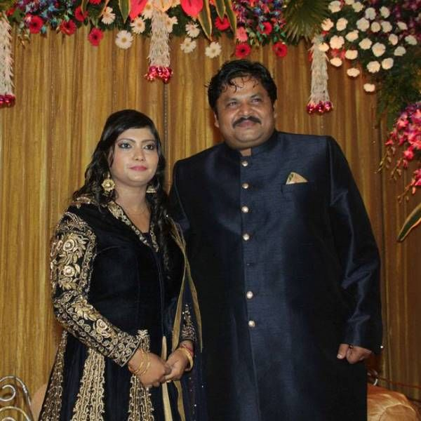 Jeetu Shivhare with his wife
