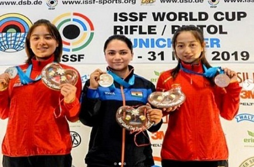 Apurvi Chandela with her gold medal at ISSF World Cup 2019
