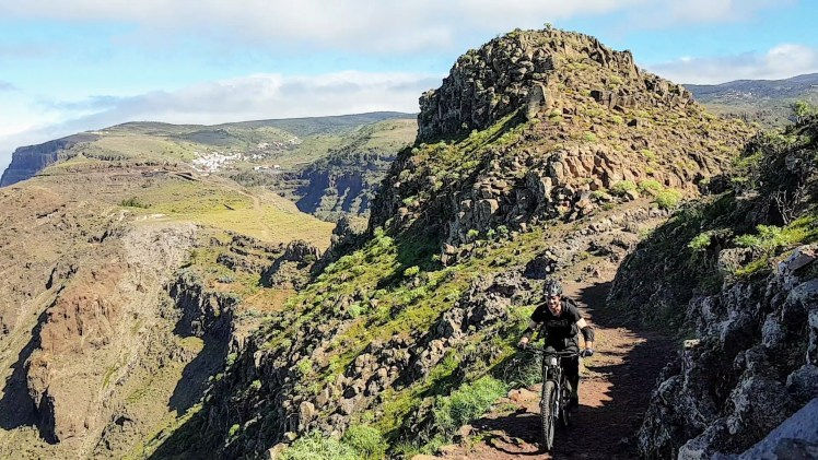 I love this place - La Gomera – Trails & Hippies