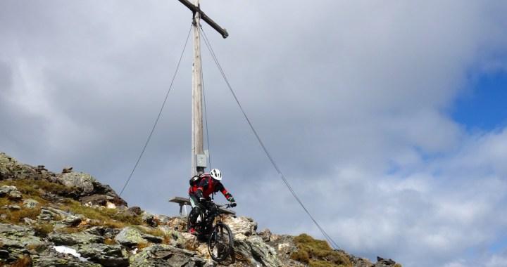Königsanger, schwerer Trail mit Dolomitenpanorama vom Feinsten
