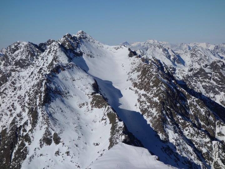 Hoher Seblaskogel, der Gipfelhang leuchtet...