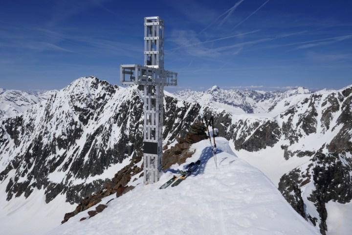 Gipfelkreuz Sonklarspitze