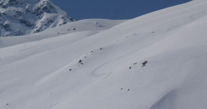 Sattelhorn Vorgipfel (2.700 m), traumhafte Ost-Hänge ins Dischmatal, Davos