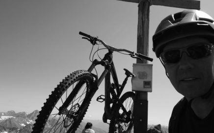 Schwarzhorn, Davoser Bike-3000er mit hardcore Passagen und Top-Aussicht