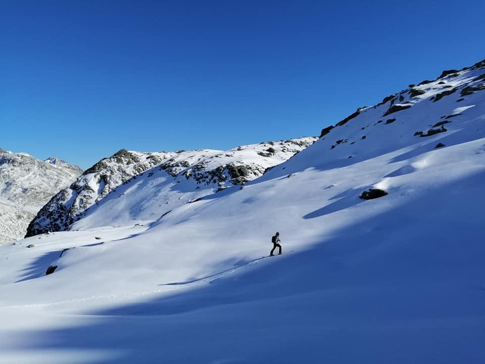 Aufstieg im Hochtal zum Schwarzhorn
