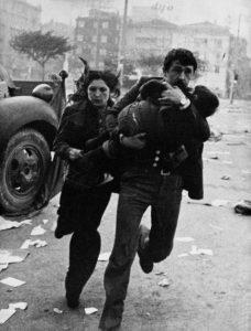Ara Güler, A family flees from Massacre