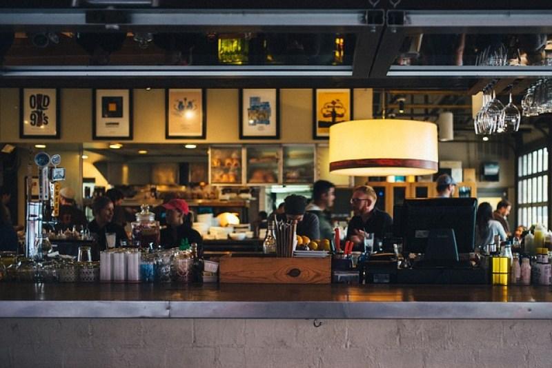 bares-mais-famosos-do-brasil-balcão
