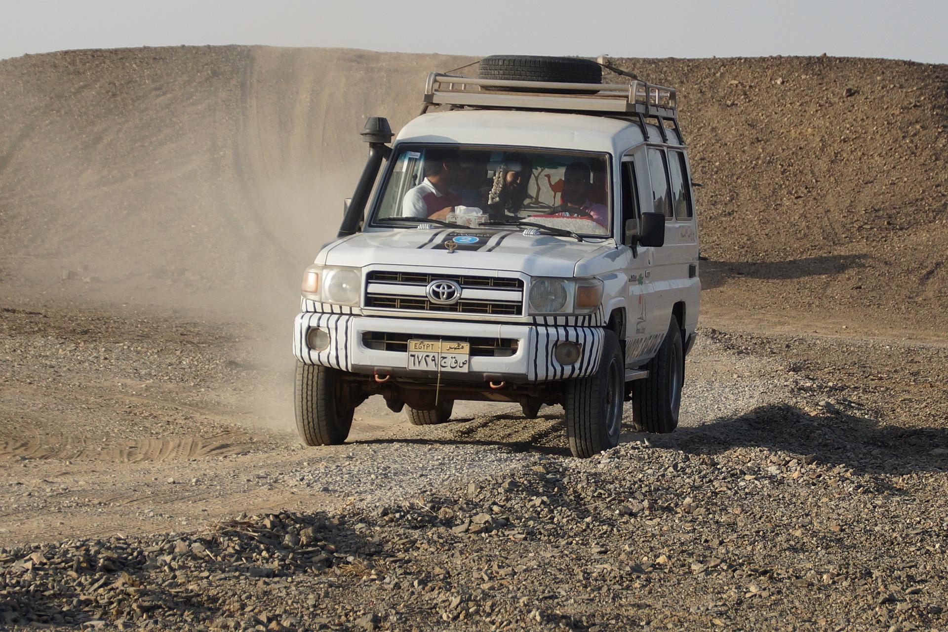 De carro pela África
