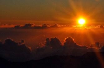 haleakala_crater_sunrise_12