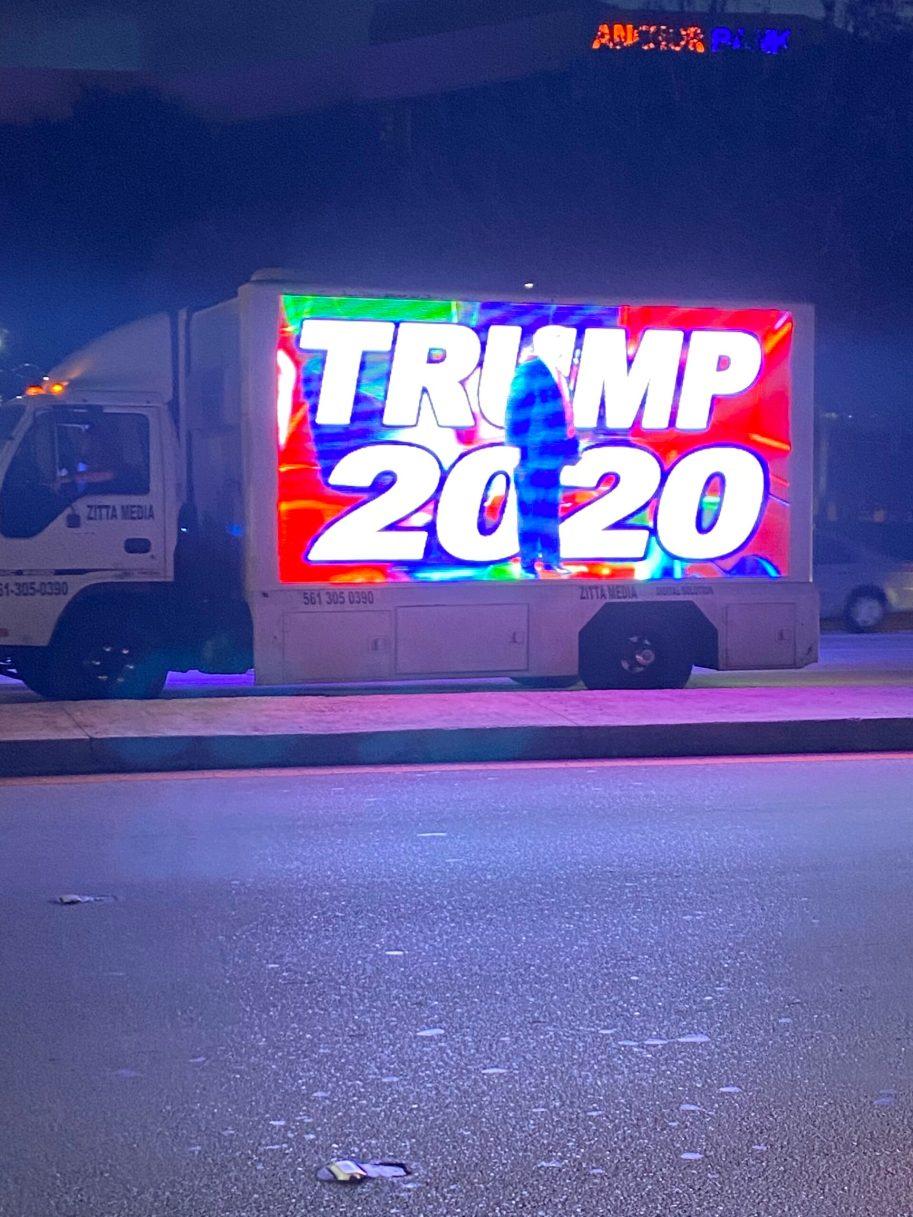 TrumpTruck IMG_5721