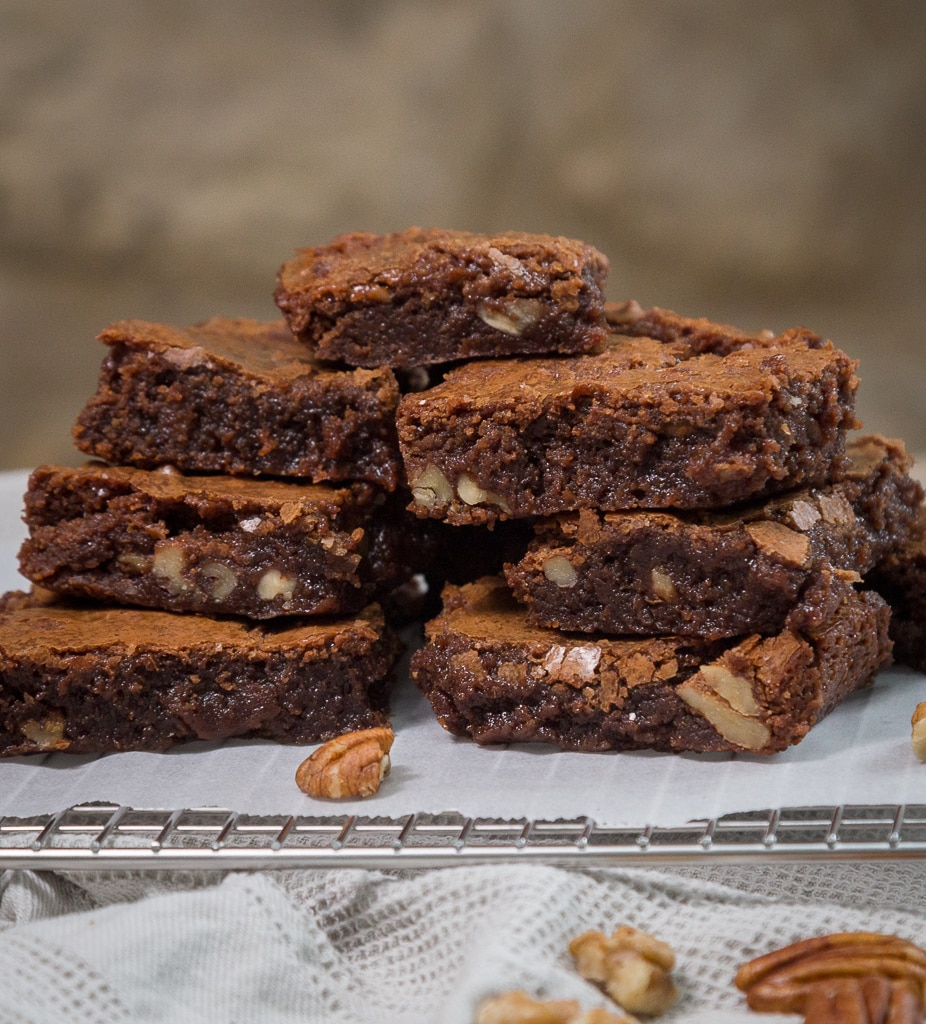 Une recette de brownies classiques avec des noix !
