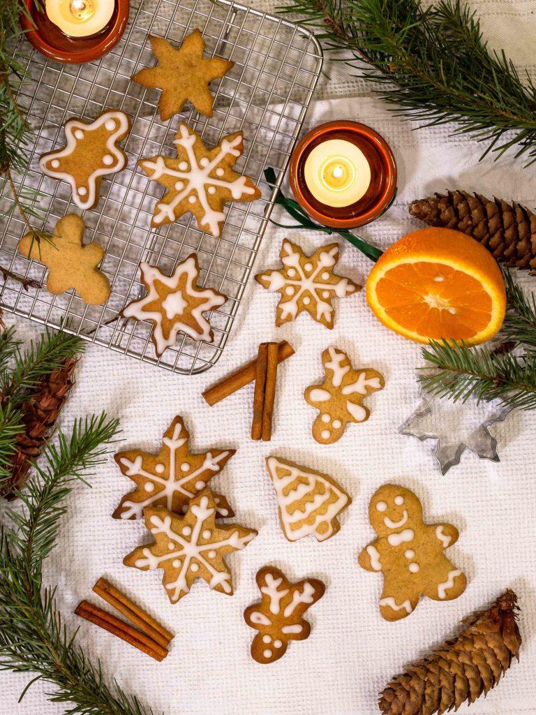 Une recette de biscuits de Noël aux agrumes et aux épices ! Miam :)