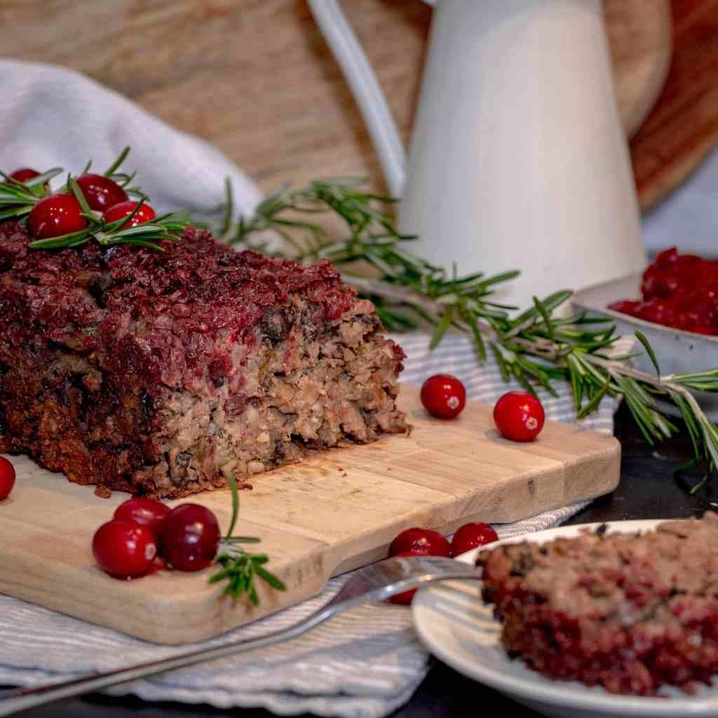 Découvrez cette recette de Rôti aux Cèpes Vegan et Sans Gluten, parfaite pour le Réveillon de Noël ou du Nouvel An ! Elle est simple à préparer et, je vous l'assure vous allez vous régaler !