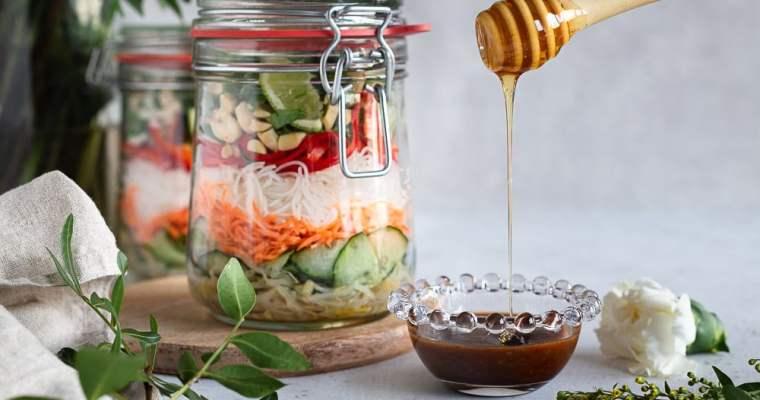 Salade de Vermicelles de Riz à la Sauce Miel-Gingembre-Cacahuètes (inspiration Thaï)