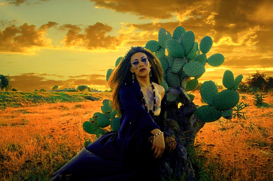 Olvido amor, modelo. Mario Patino, fotografìa. Arte Gay, queer art. Mexico-2