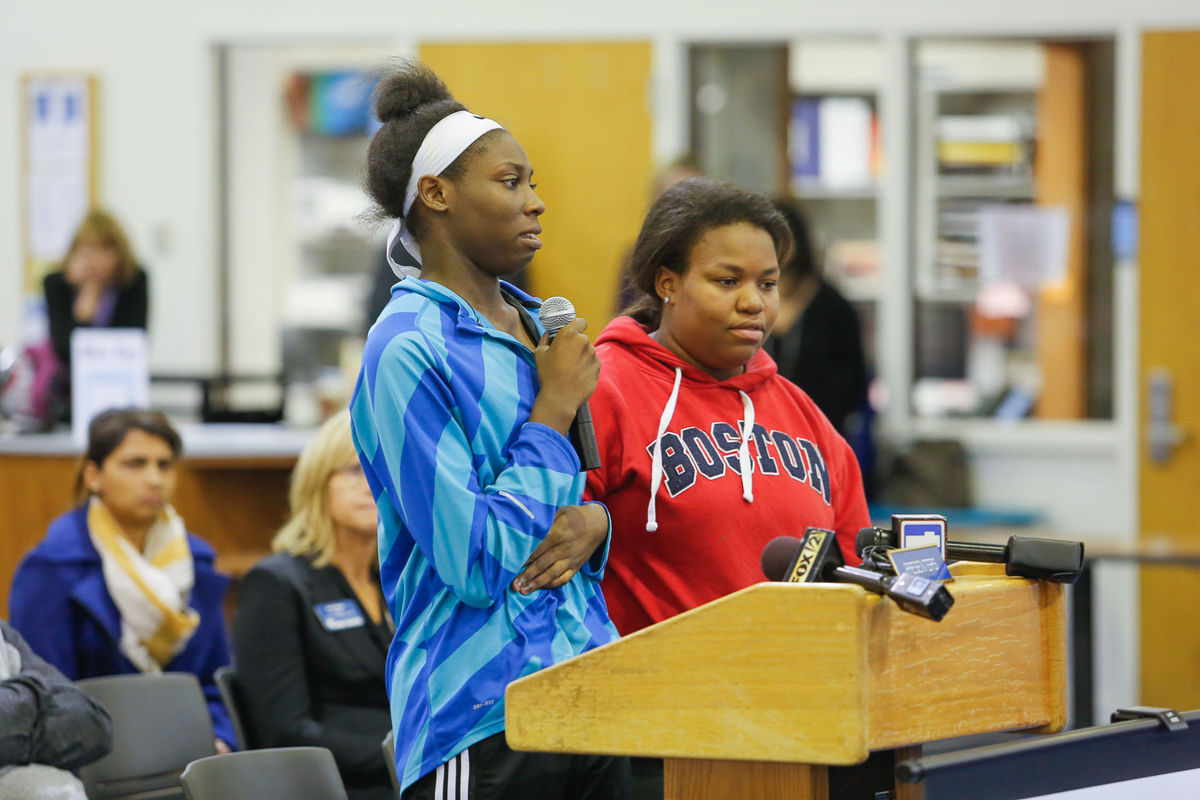 Tajah Walker discussed being the victim of racist harassment at Ladue Horton Watkins High School during a school board meeting on Tuesday, November 15. Lawrence Bryant.