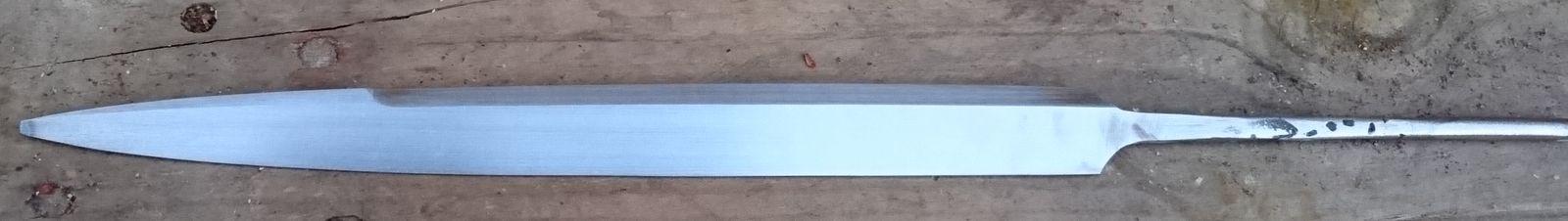 Ground blade shape.