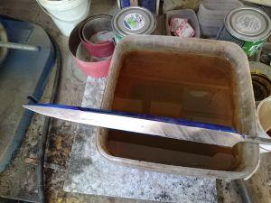 Dagger blade polishing