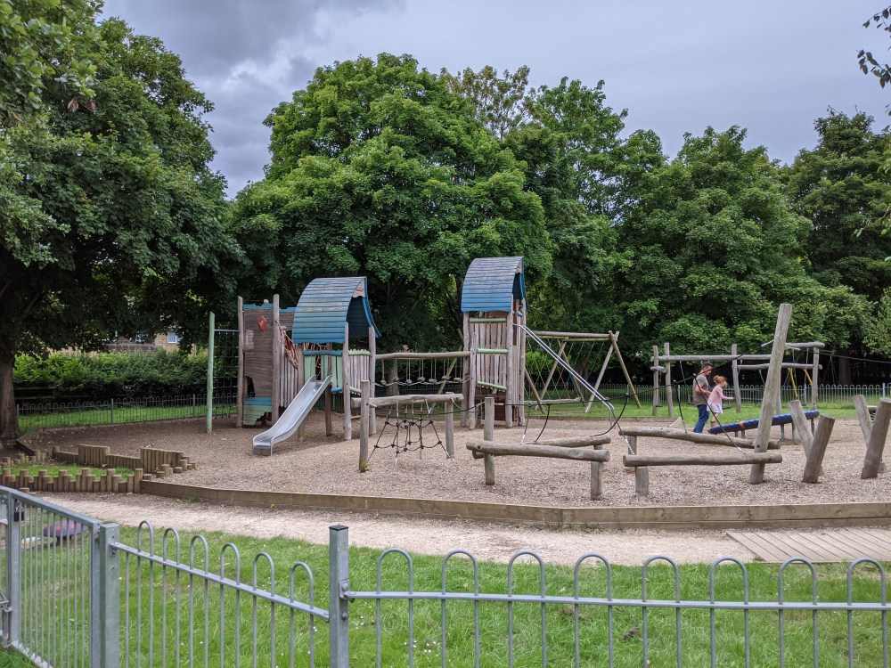 Buckinghamshire playgrounds, High Wycombe | Review by Free Time with the Kids