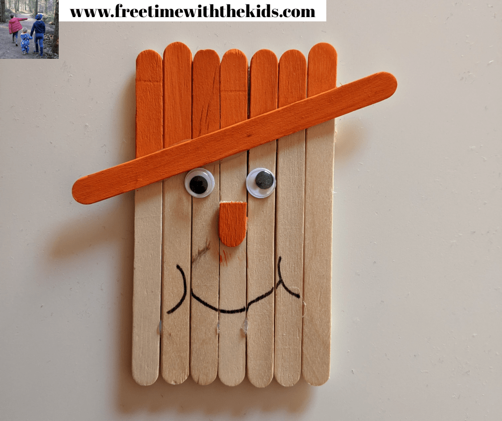 Scarecrow lolly stick craft | Halloween children's activities | Free Time with the Kids | Cheap children's crafts