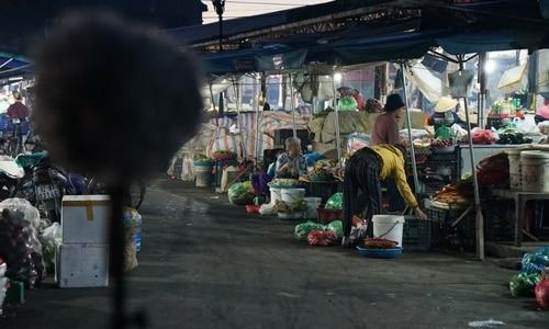 Asia Crowds Market Sound Effects