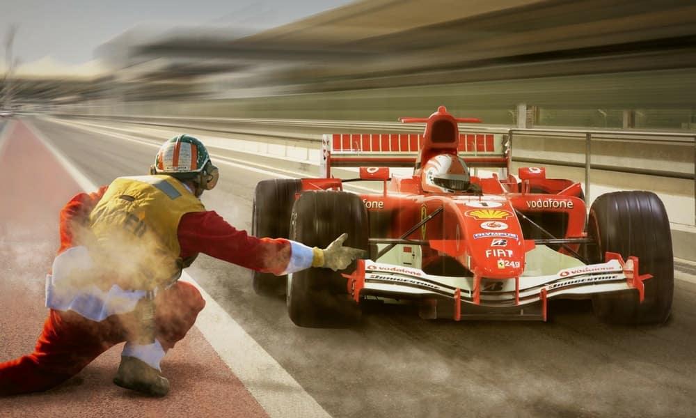 Racing Car Sound Effects -Formula One Singapore