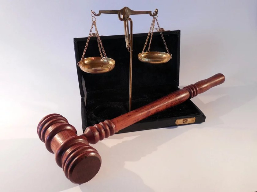 gavel and weighing scale