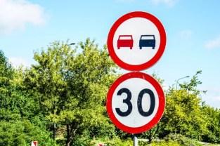 driving speeding