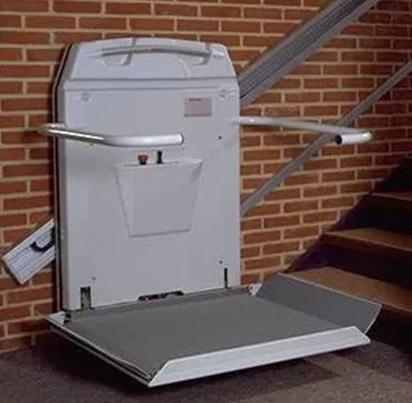 Cam 7 Wheelchair Stairlift