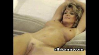 Hot Milf Stripping Naked on Webcam
