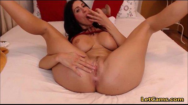 Milf and her Dildo on Webcam