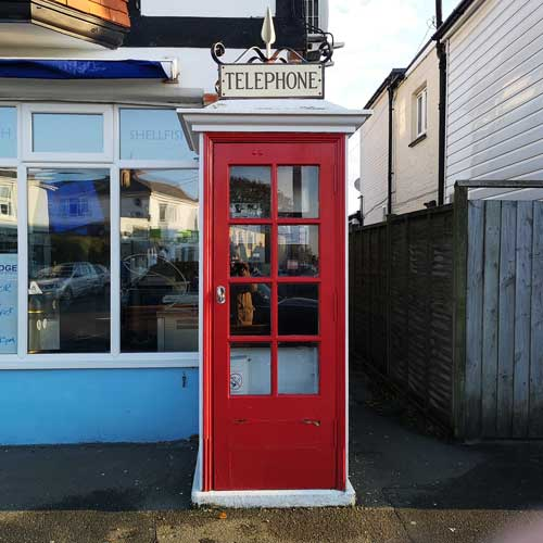 K1 telephone kiosk