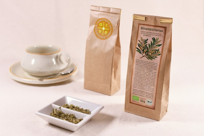 Olivenblättertee Packung Tasse 1