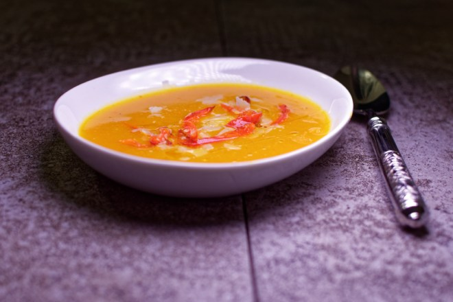kuerbis-suppe-paprika-parmesan-olivenoel_dxo