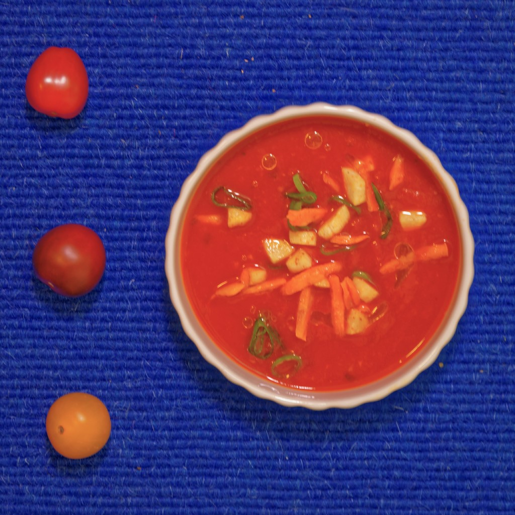 Selbstgemachte tomatensuppe