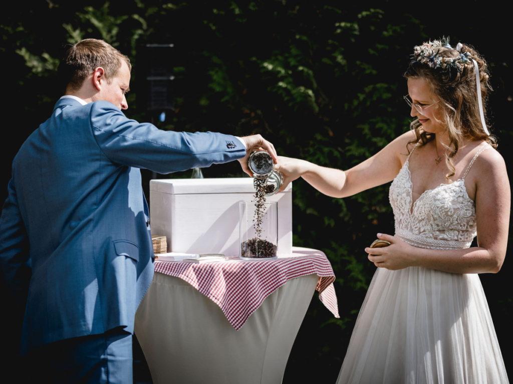 Hochzeitsritual freie Trauung Samen statt Sandritual