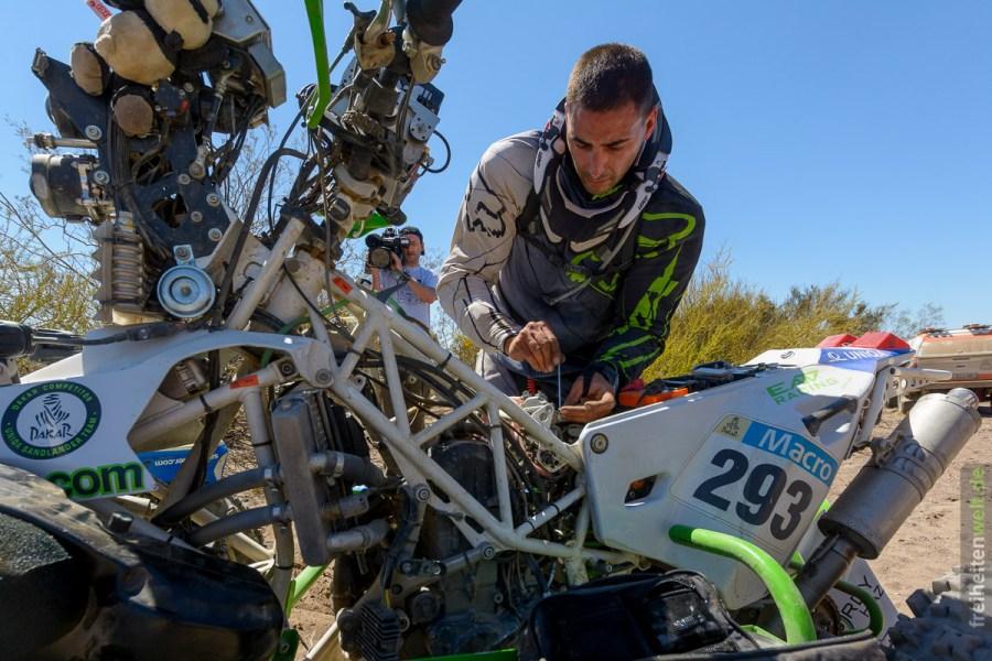 Reparatur Quad Dakar Rally 2014