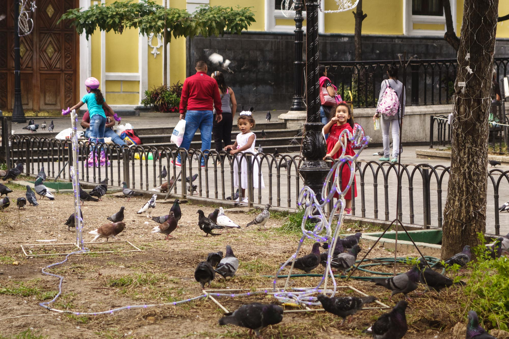 Kinderspiel-in-Caracas.jpg