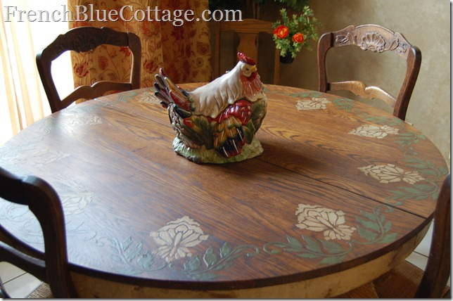 table with custom plaster design