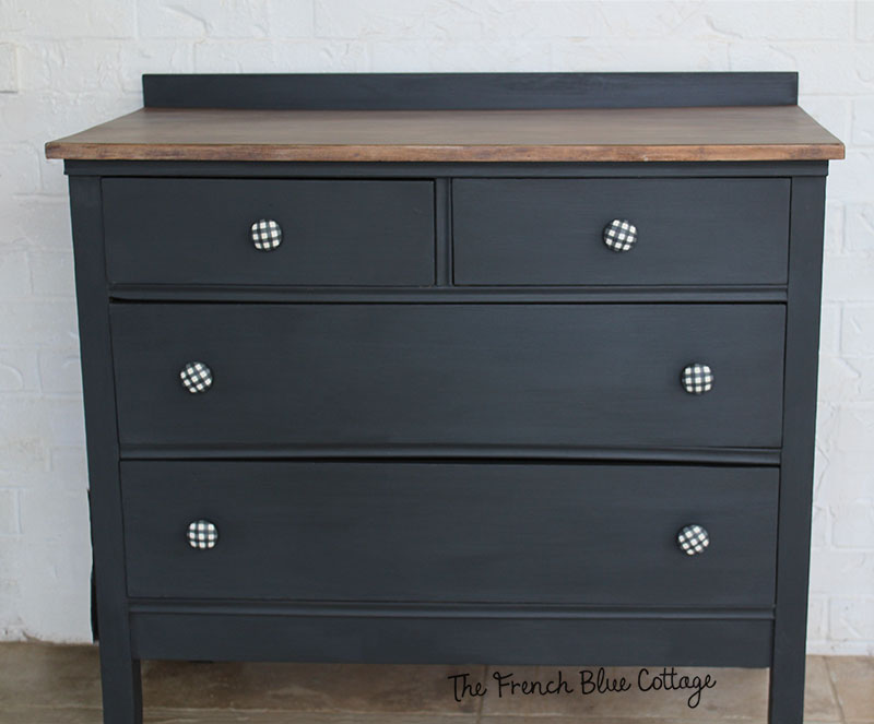 front view of the cute little barn dresser