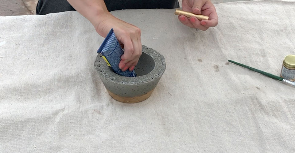 glueing dowel rod for rings into cement jewelry bowl