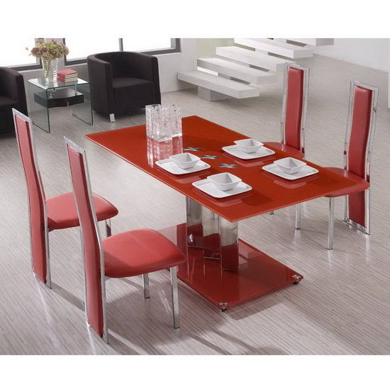 chaises rouges salle a manger