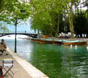 img-rural-annecy-canal