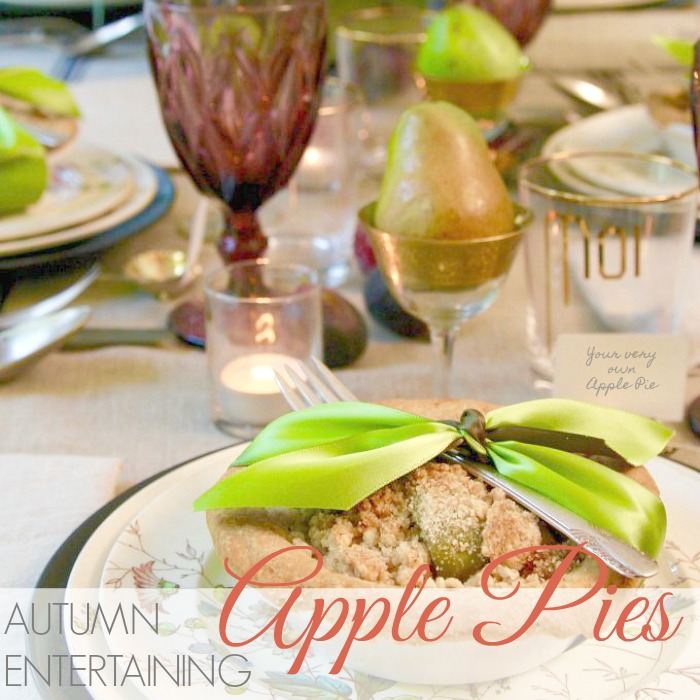 AUTUMN ENTERTAINING | MINIATURE APPLE PIES