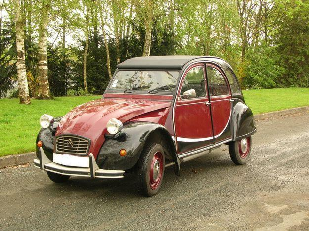 the 2 cv a french legend french girl in seattle. Black Bedroom Furniture Sets. Home Design Ideas