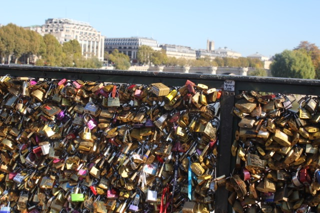 Cadenas De L'amour – Today's French