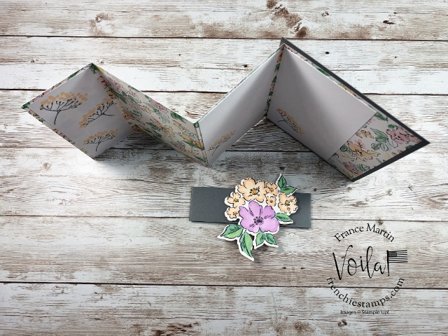 Triple Panel Card with Belly Band.