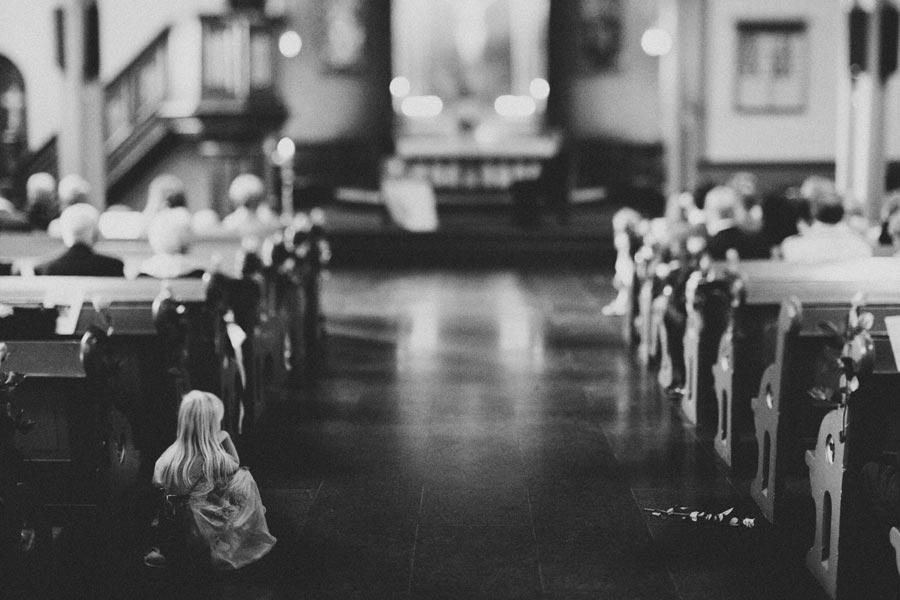 kids-at-weddings-11