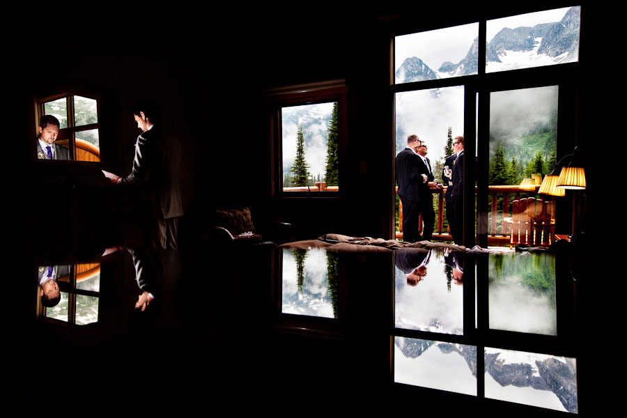 outdoor-wedding-by-a-lake-03