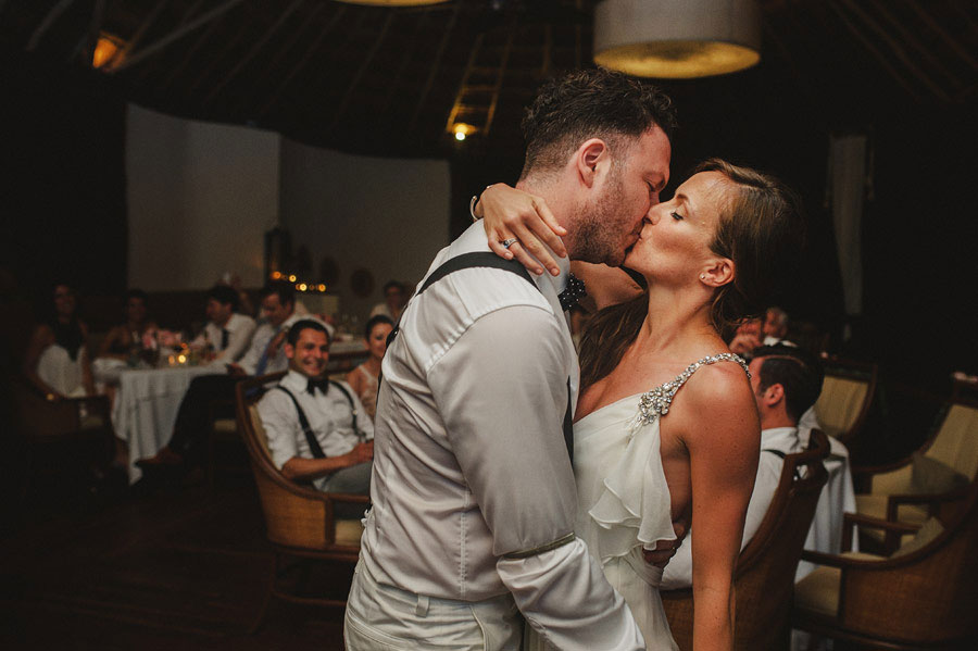 classy-wedding-fer-juaristi-24